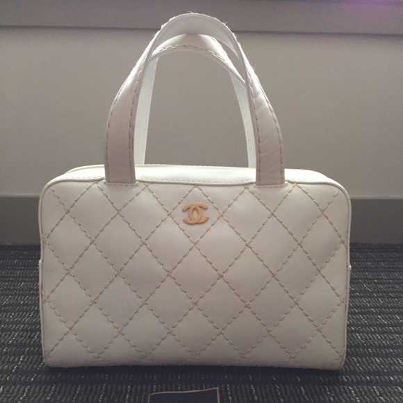 0f0daa113cac CHANEL Bags | Vintage White Satchel | Poshmark